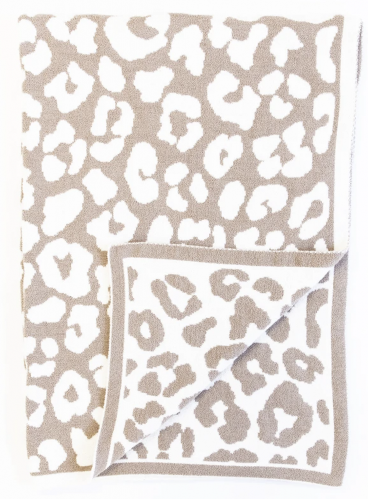 Mother's Day gift idea - barefoot dreams blanket dupe